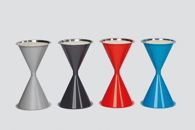 Konische Standascher aus Kunststoff, in 4 Farben erhältlich
