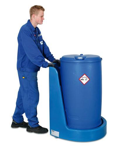 PE-Fassroller Poly200 S, auch Fässer mit aggressiven Chemikalien werden sicher transportiert.