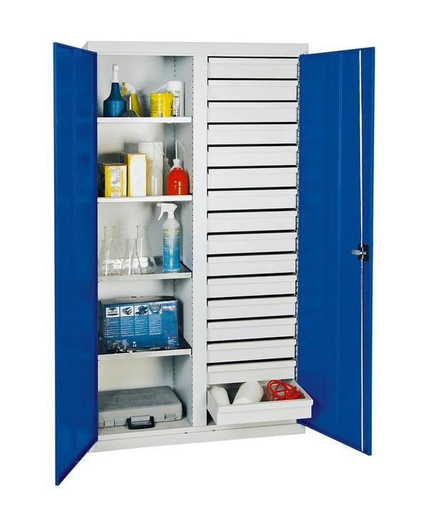 Die zahlreichen Schubladen ermöglichen die sortierte und übersichtliche Lagerung von kleinen Gegenständen