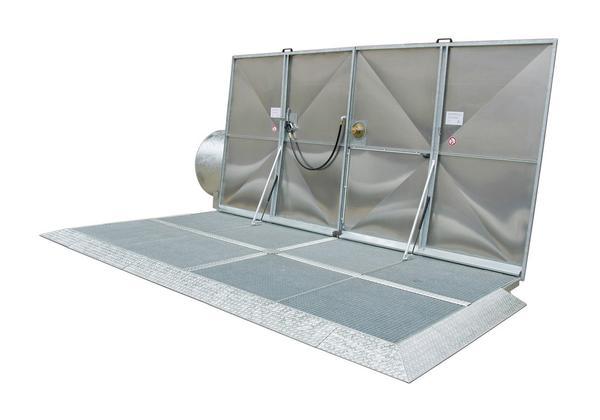 Kraftstoff-Abfüllplatz mit Klappdeckel zur Aufstellung im Freien.