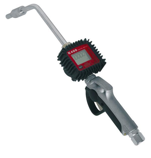 Zapfpistole mit Feindosierspitze u. integriertem Durchflusszähler.