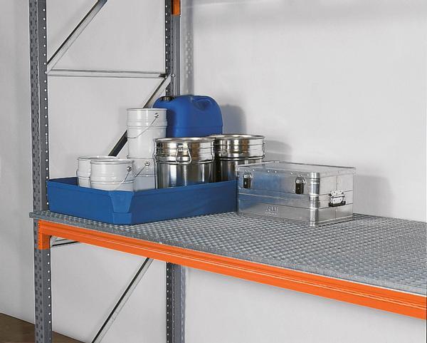 Verzinkter Gitterrostboden, um Lagergüter unterschiedlicher Größen unkompliziert einstellen zu können oder um Kommissionsbereiche im Regal zu schaffen, siehe Tabelle.